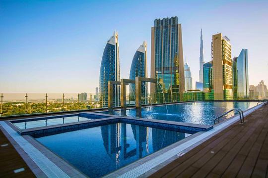 Dubai khánh thành khách sạn cao nhất thế giới - Ảnh 2.