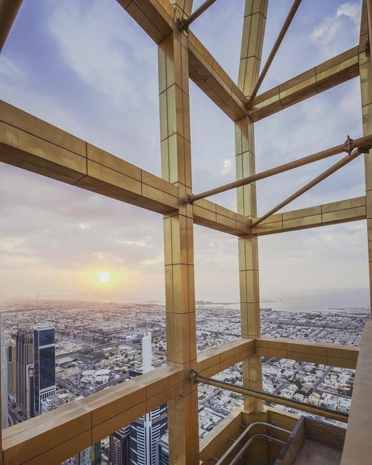 Dubai khánh thành khách sạn cao nhất thế giới - Ảnh 3.