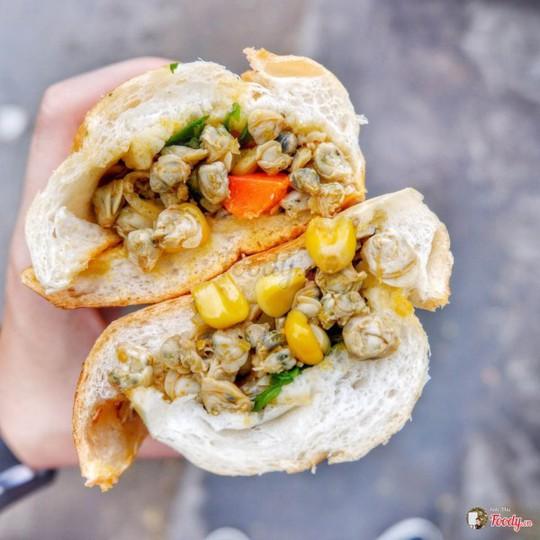 Những quán bánh mì ngon độc lạ chỉ có ở Sài Gòn, dân 'sành ăn' nhất định đừng bỏ lỡ! - Ảnh 8.