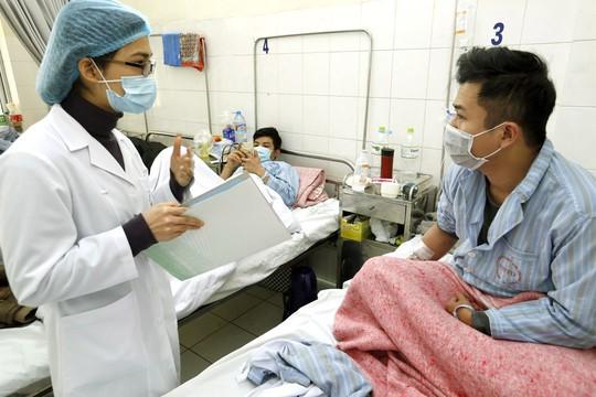 (Xuanonline 29Tet 14.2) Tết Nguyên đán: Bệnh nhân nhận lì xì, ăn miễn phí - Ảnh 11.