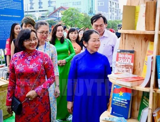 Báo Người Lao Động đoạt giải nhất bìa báo xuân ấn tượng - Ảnh 1.