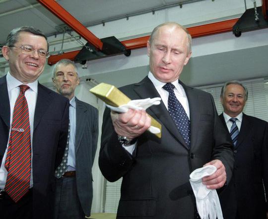 Choáng ngợp kho vàng 1.800 tấn của Nga - Ảnh 10.
