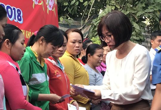 Công nhân ăn Tết Sài Gòn - Ảnh 5.