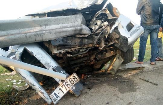 Thuê xe ô tô về quê ăn Tết bị tai nạn, 6 người thương vong - Ảnh 3.