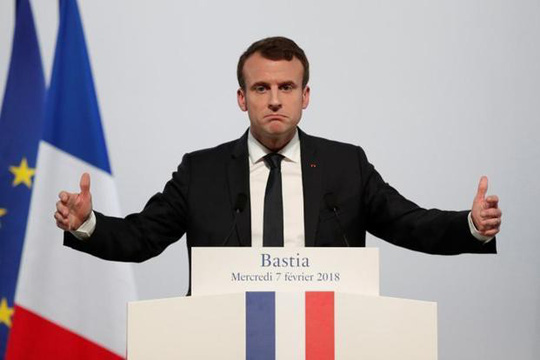 Tổng thống Pháp dọa không kích Syria - Ảnh 1.