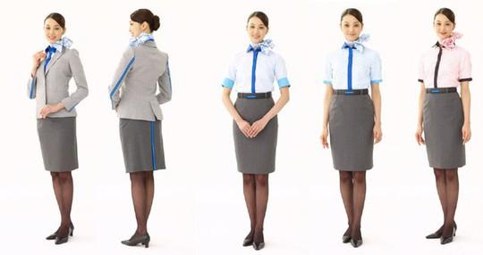 Những hãng hàng không có đồng phục thanh lịch nhất thế giới - ảnh 5