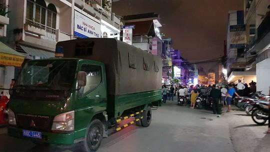Giang hồ nổ súng huyết chiến tối 30 Tết, hàng trăm cảnh sát vây ráp - ảnh 2