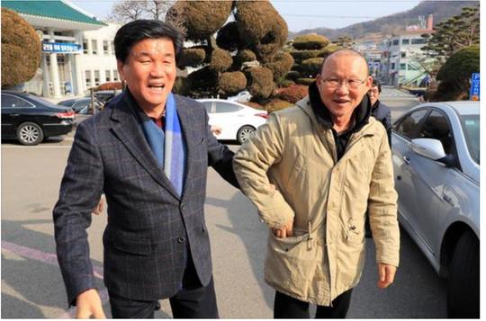 Tết vui nhất của nhà ngoại giao thể thao Park Hang Seo - Ảnh 3.