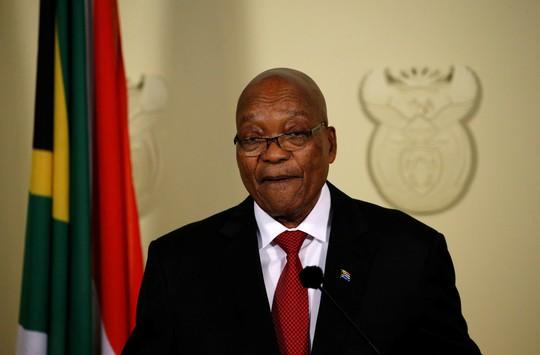 Đối mặt sức ép, Tổng thống Nam Phi từ chức - Ảnh 1.