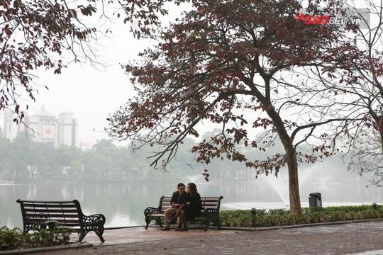 Không ồn ào vội vã, Sài Gòn - Hà Nội được trả lại vẻ yên bình trong ngày mùng 1 Tết - Ảnh 20.