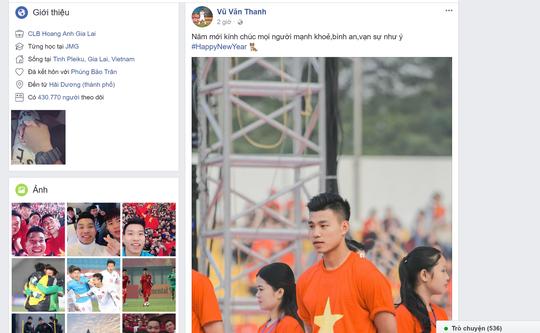 Chùm ảnh độc, lạ U23 Việt Nam chúc mừng năm mới - Ảnh 2.