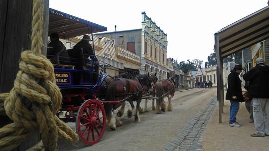 Khám phá thị trấn đào vàng nổi tiếng nước Úc - Ảnh 14.