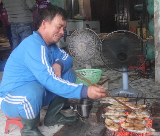 Thơm ngon đặc sản cá thu nướng Cửa Lò - Ảnh 2.