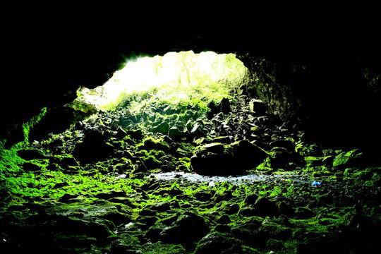Hang động núi lửa Đắk Nông: Nàng công chúa chờ đánh thức - Ảnh 2.