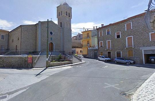 Thị trấn xinh đẹp ở Ý bán 200 căn nhà với giá một bảng - Ảnh 4.