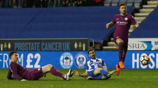 Bàn thua muộn khiến Man City bị loại khỏi FA Cup - Ảnh 4.