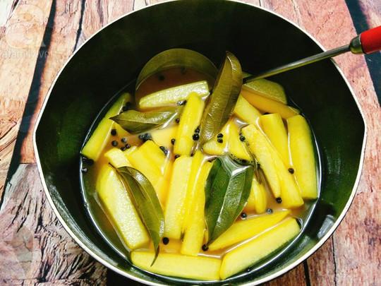 Cách làm củ cải muối chua ngọt, nửa ngày là ăn được - Ảnh 3.