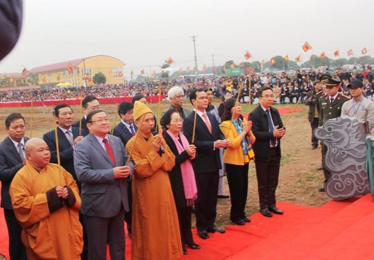 3 trâu đoạt giải trang trí vinh dự cày ruộng trong lễ hội Tịch Điền - Ảnh 2.