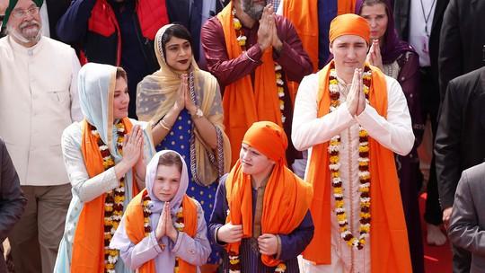 Thủ tướng Canada bị châm chọc Ấn còn hơn người Ấn - Ảnh 1.