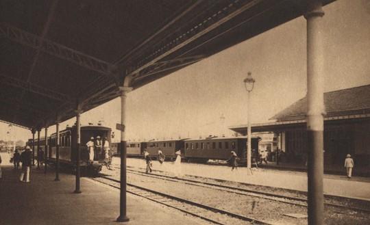 Ảnh cực hiếm nhà ga Sài Gòn xưa - Ảnh 4.
