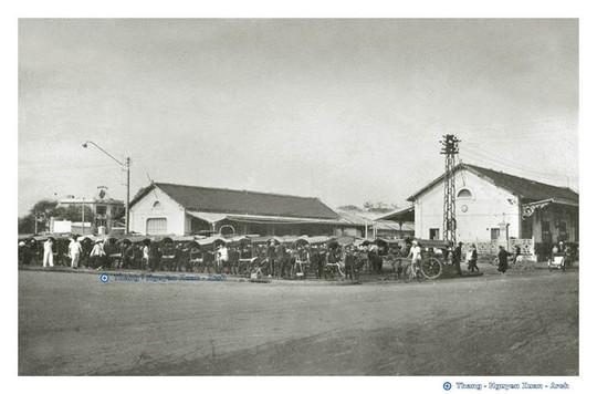 Ảnh cực hiếm nhà ga Sài Gòn xưa - Ảnh 2.