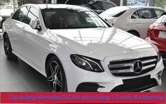 Thay cặp gương Mercedes GLC hết 150 triệu, người dùng khiếp vía - Ảnh 1.