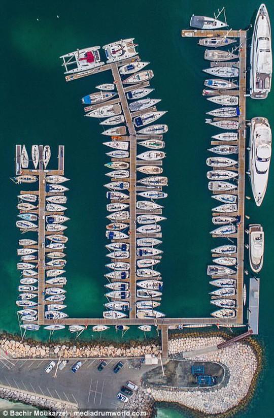 Kiến trúc đẹp mê hồn của thành phố Dubai từ trên cao - Ảnh 14.