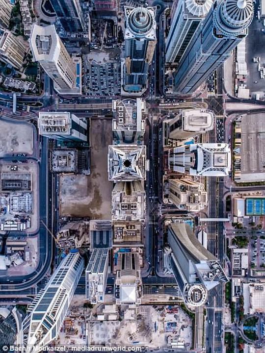 Kiến trúc đẹp mê hồn của thành phố Dubai từ trên cao - Ảnh 6.