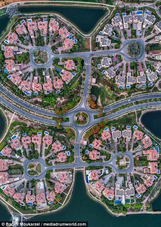 Kiến trúc đẹp mê hồn của thành phố Dubai từ trên cao - Ảnh 10.