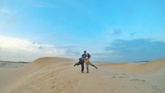 Ghen tỵ với chuyến phượt xuyên Việt bằng xe máy của cặp đôi Hà thành - Ảnh 8.