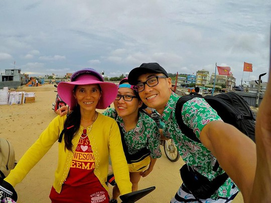 Ghen tỵ với chuyến phượt xuyên Việt bằng xe máy của cặp đôi Hà thành - Ảnh 3.