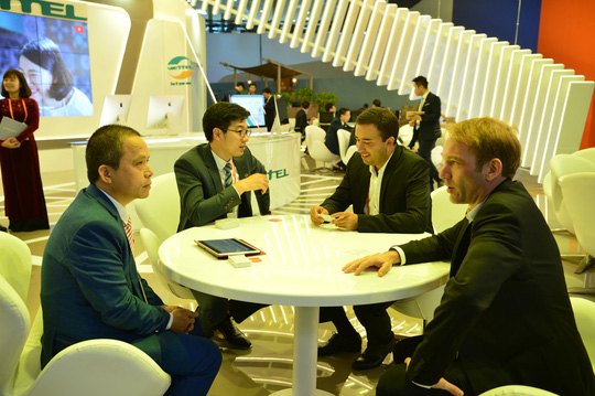 Viettel đưa các giải pháp công nghệ 4.0 đến MWC 2018 - Ảnh 3.