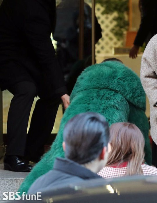 Sao Hàn Quốc tụ hội mừng đám cưới Taeyang (Big Bang) - Ảnh 14.