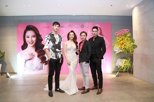 Dàn sao Việt chúc mừng Á hậu Thương Bella - Ảnh 2.