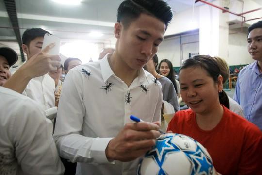 U23 Việt Nam bắt đầu đói bóng - Ảnh 1.