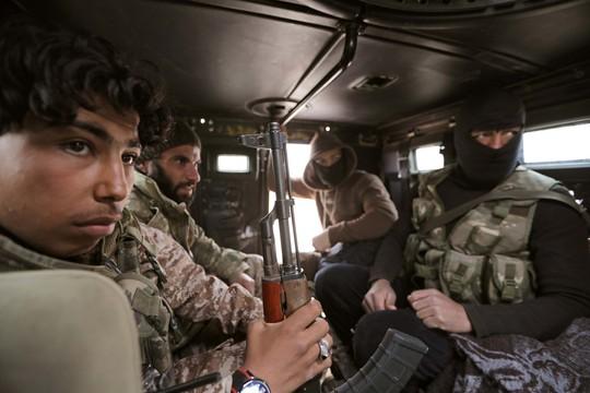 Bắn hạ máy bay Nga và ngày đẫm máu ở Syria - Ảnh 1.