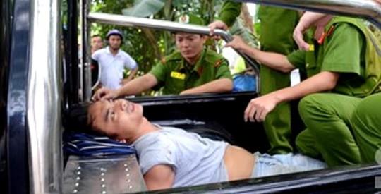 Thảm kịch đáng sợ rơi trúng 1 gia đình ở Quảng Ngãi - Ảnh 1.