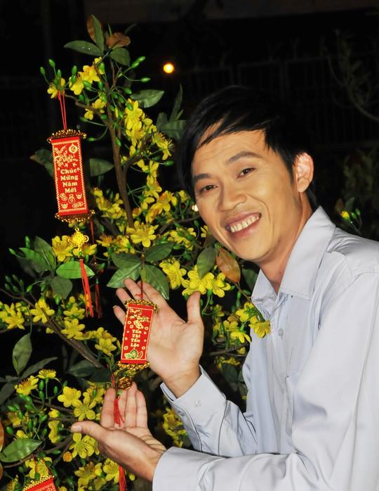 Danh hai Hoai Linh nho ve Tet tha huong