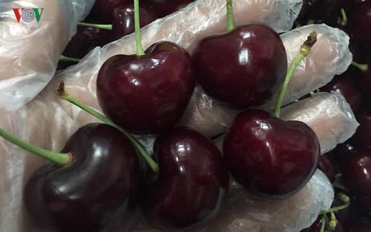 Loạn giá cherry nhập ngoại ngày cận Tết - Ảnh 3.
