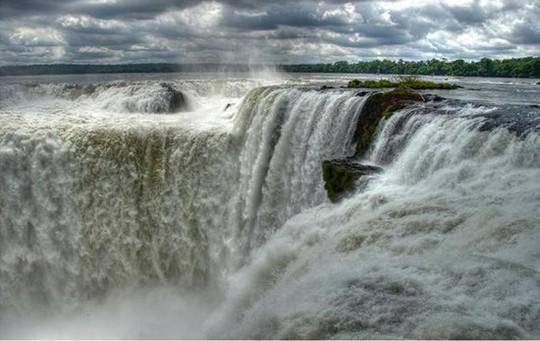 10 thác nước kì vĩ nhất thế giới - Ảnh 5.