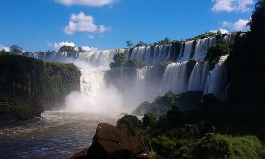 10 thác nước kì vĩ nhất thế giới - Ảnh 10.