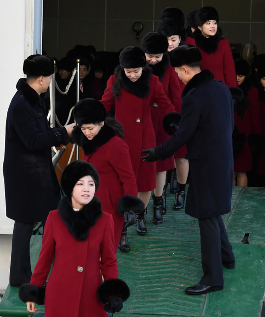 Mỹ nữ Triều Tiên đổ bộ Hàn Quốc - Ảnh 7.