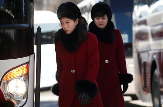 Mỹ nữ Triều Tiên đổ bộ Hàn Quốc - Ảnh 6.