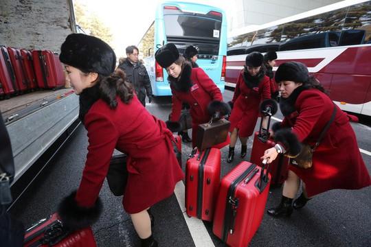 Mỹ nữ Triều Tiên đổ bộ Hàn Quốc - Ảnh 4.