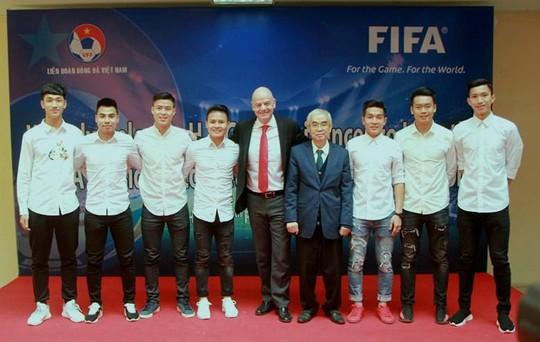 Từ kỳ tích U23, Chủ tịch FIFA nói về cơ hội World Cup của Việt Nam - Ảnh 1.