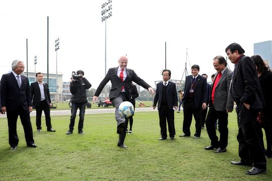 Nói thẳng: Bóng đá Việt không phát triển thì VFF có lỗi lớn với dân! - Ảnh 2.
