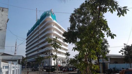 """Khách sạn 5 sao ở Phú Quốc """"cắt ngọn"""" hoài không xong - Ảnh 3."""