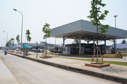 Ban ATGT tỉnh đề nghị tạm dừng thu phí BOT cầu Đồng Nai - Ảnh 1.