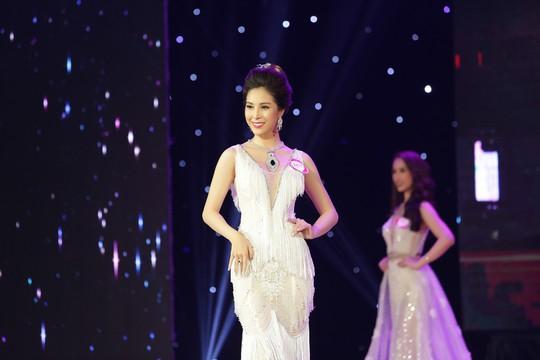 Người đẹp Mỹ Duyên đăng quang Nữ hoàng trang sức - Ảnh 5.