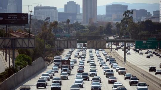 Những thành phố tắc nghẽn giao thông kinh hoàng nhất thế giới - Ảnh 1.